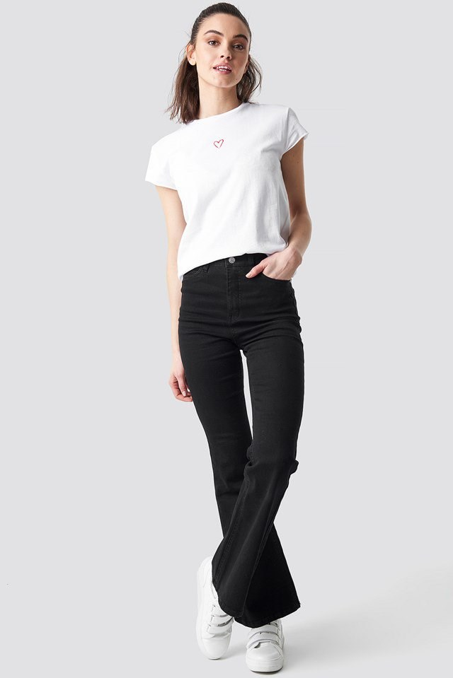 Heart Tee White Outfit