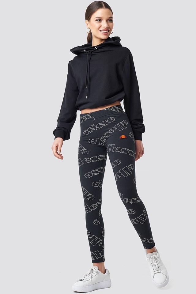 Leggings outfit.