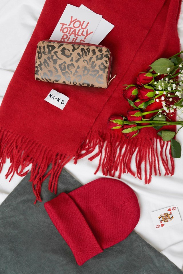 Love Bundle 31 - Wool Blend Scarf, Basic Beanie and Animal Pattern Wallet.