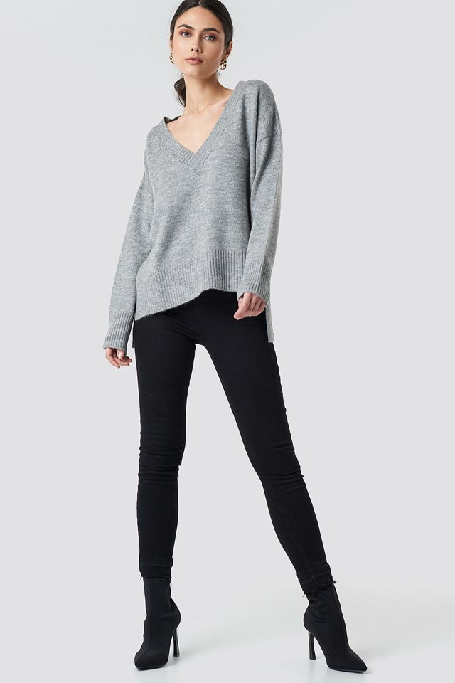 Deep V-neck Oversized Sweater Grey Outfit