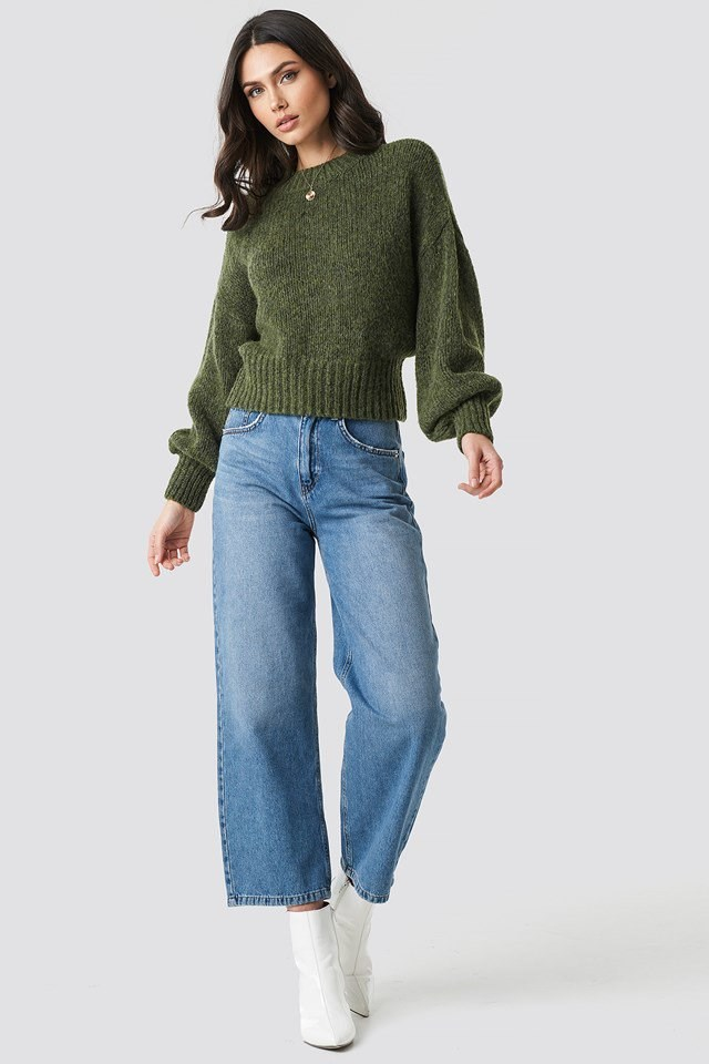 Wide ribbed sweater outfit.