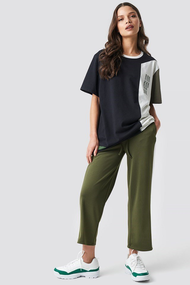 Block-printed Tee Multicolor Outfit