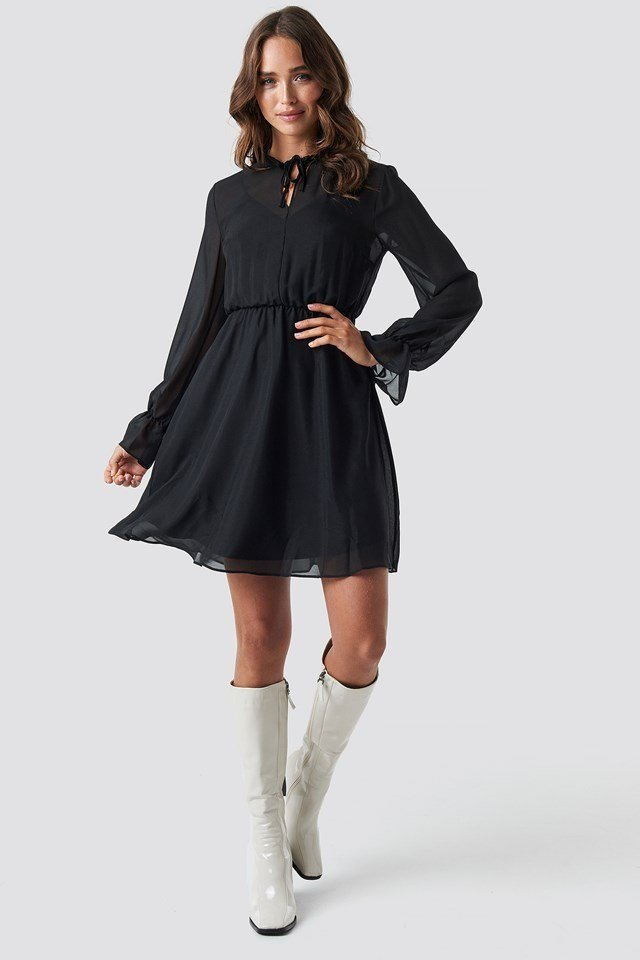 Flowy Mini Dress Outfit