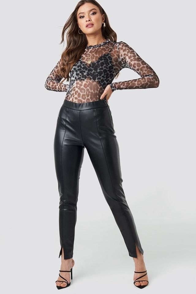 Hana Tee Outfit
