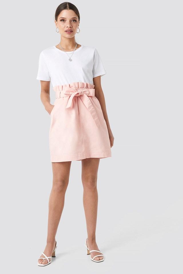 Paper Bag Waist Denim Mini Skirt Outfit.