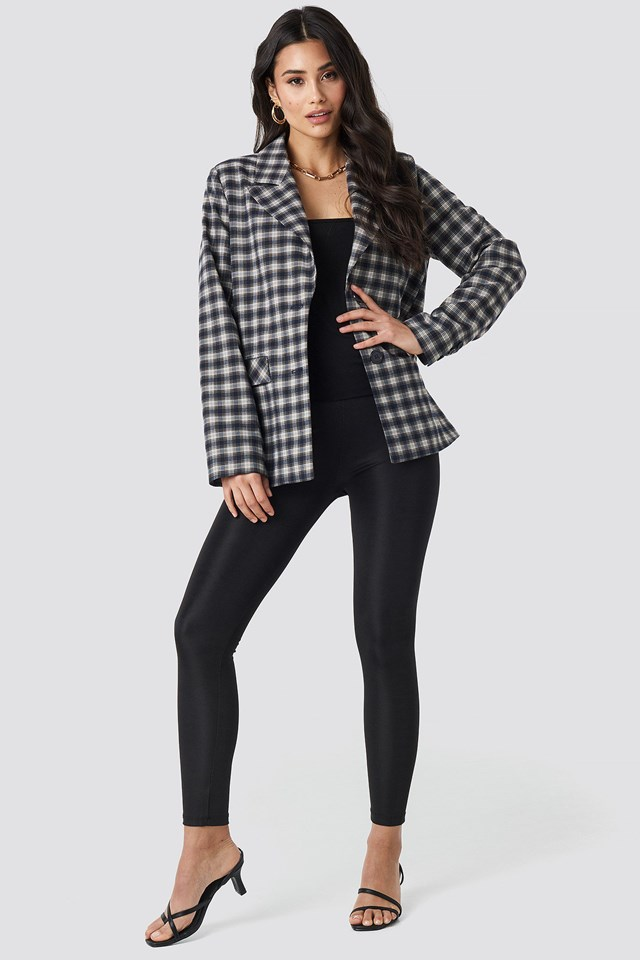 Checkered Straight Fitted Blazer Outfit.