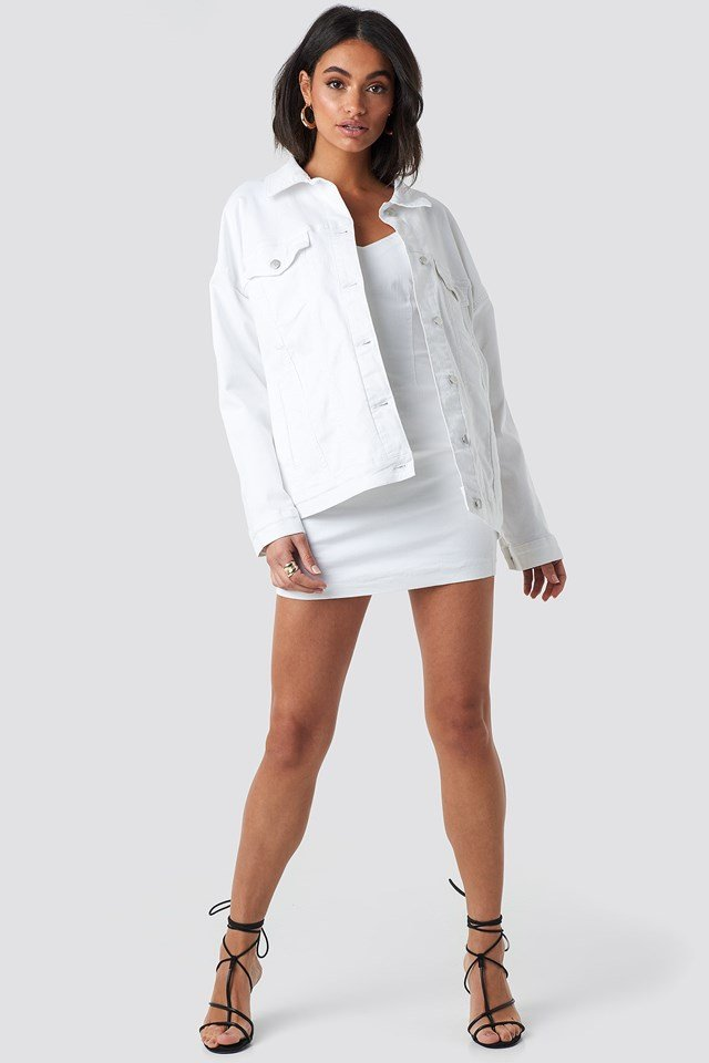 Oversized Denim Jacket White Outfit