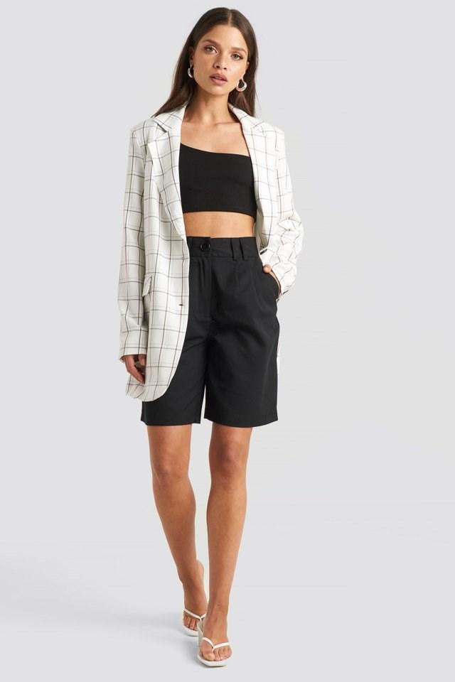 One Shoulder Crop Top Black Outfit