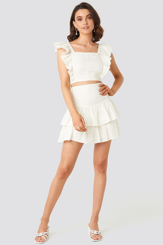 Lace Detailed Frill Mini Skirt White Outfit