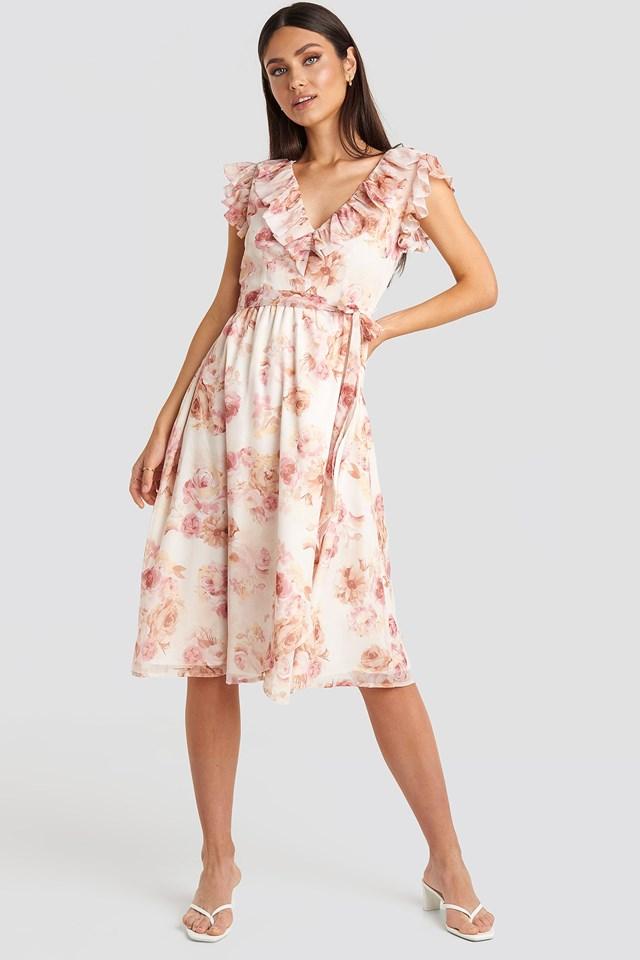 V-neck Flounce Midi Dress Outfit