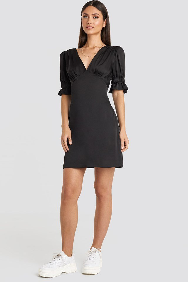 Puff Mini Dress Black Outfit