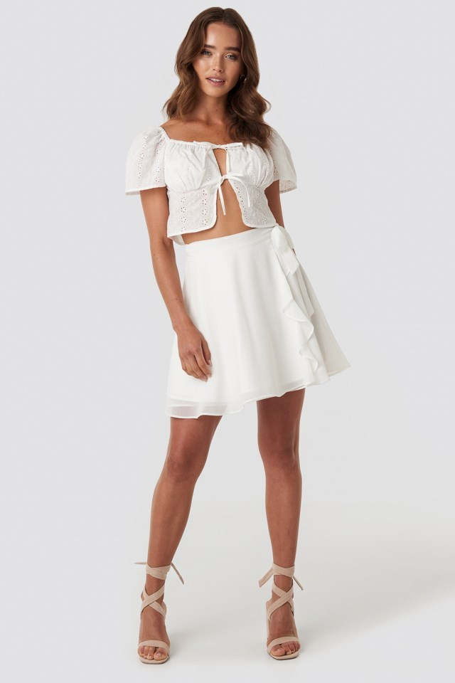 Tied Mini Skirt White Outfit
