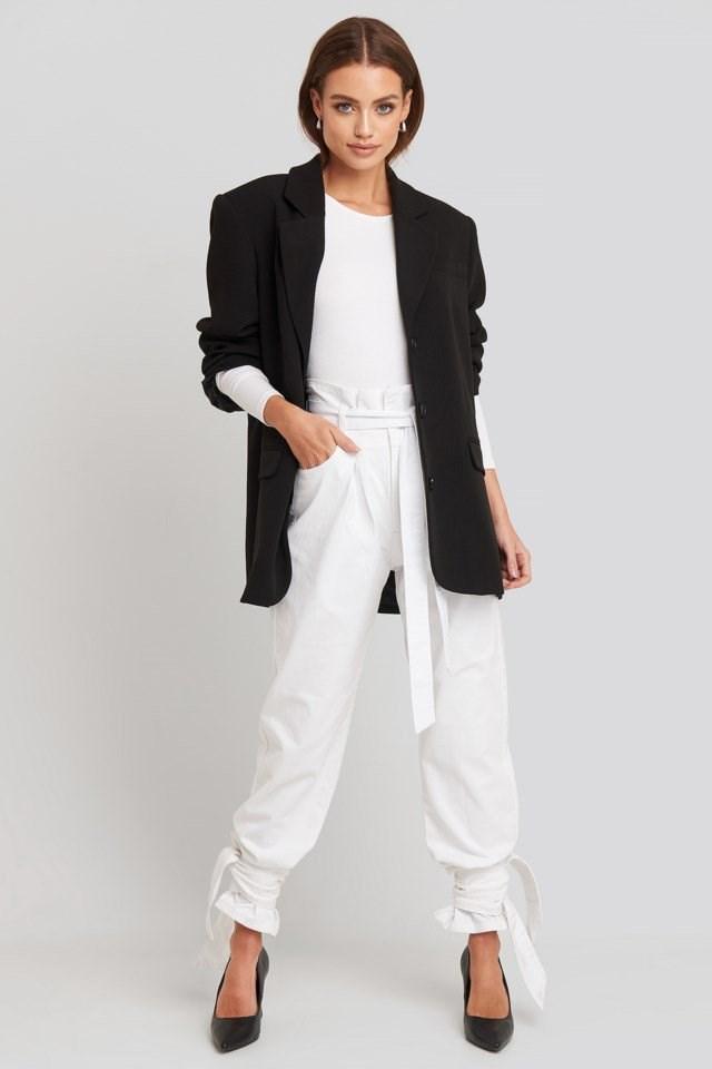 Tie Hem Paperbag Waist Jeans Outfit.