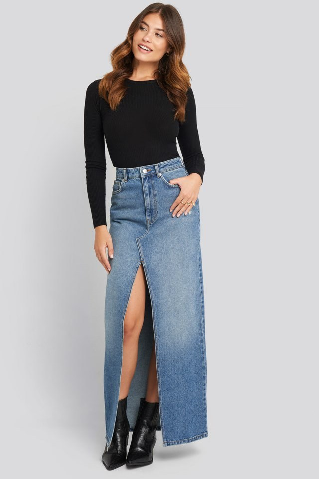 Front Split Maxi Denim Skirt Outfit
