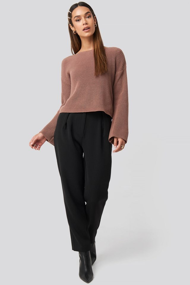 Cropped Long Sleeve Knitted Sweater Look