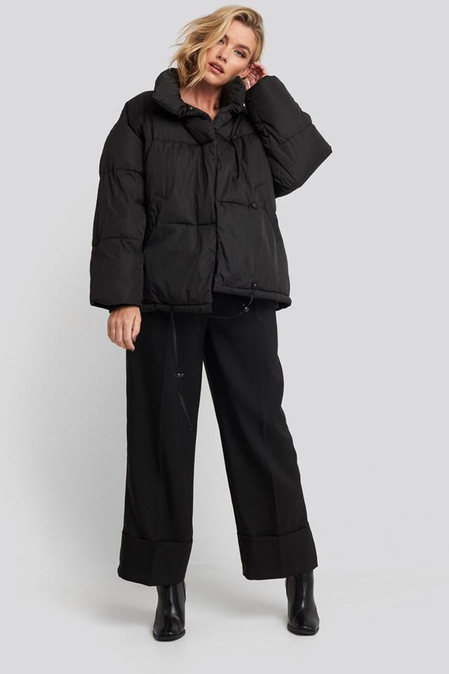 Padded Oversized Jacket Black Outfit.