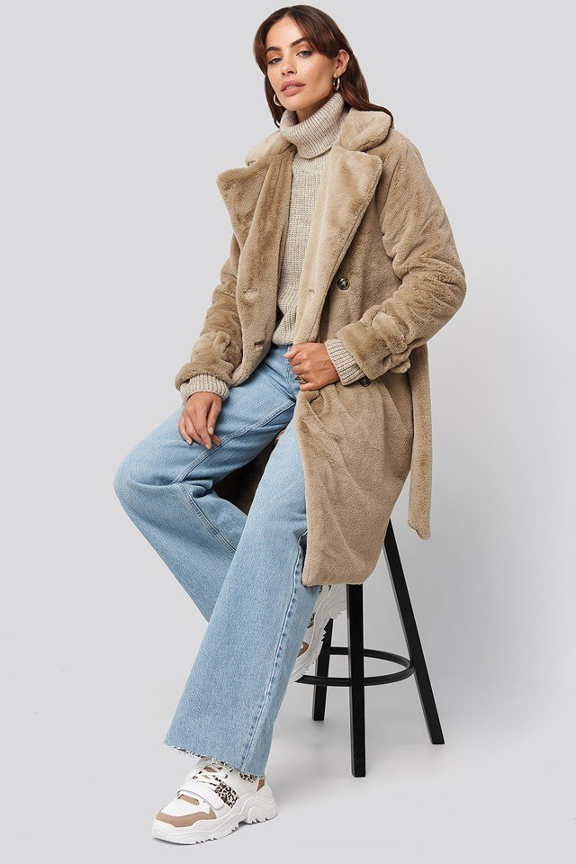 Double Breasted Belted Faux Fur Coat Beige Outfit.