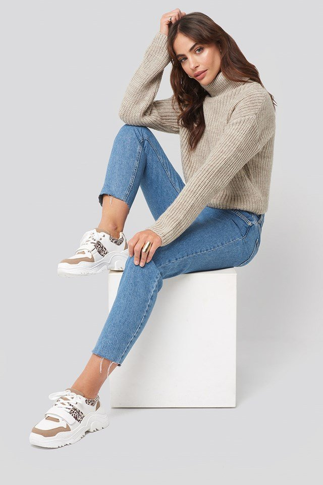 Chunky Burdock Detailed Sneakers White Outfit.