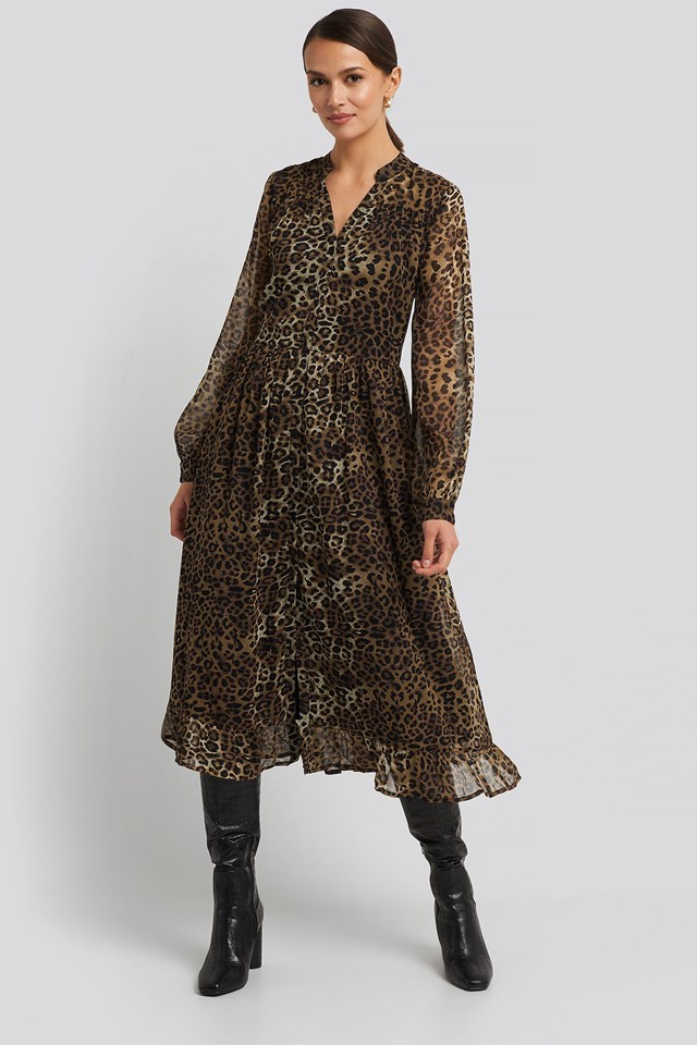 Flowy Midi Flounce Dress Black Outfit.