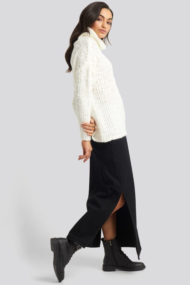 Turtleneck Knitted Sweater Outfit