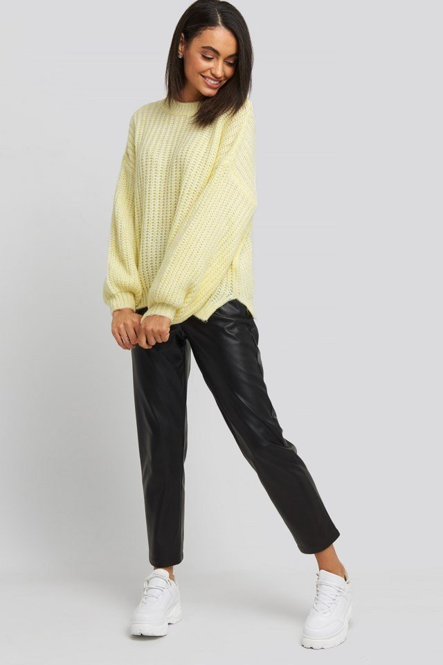 Crew Neck Knitted Sweater Outfit