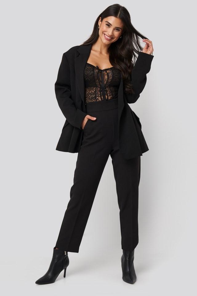 Front Detail Lace Bodysuit Outfit