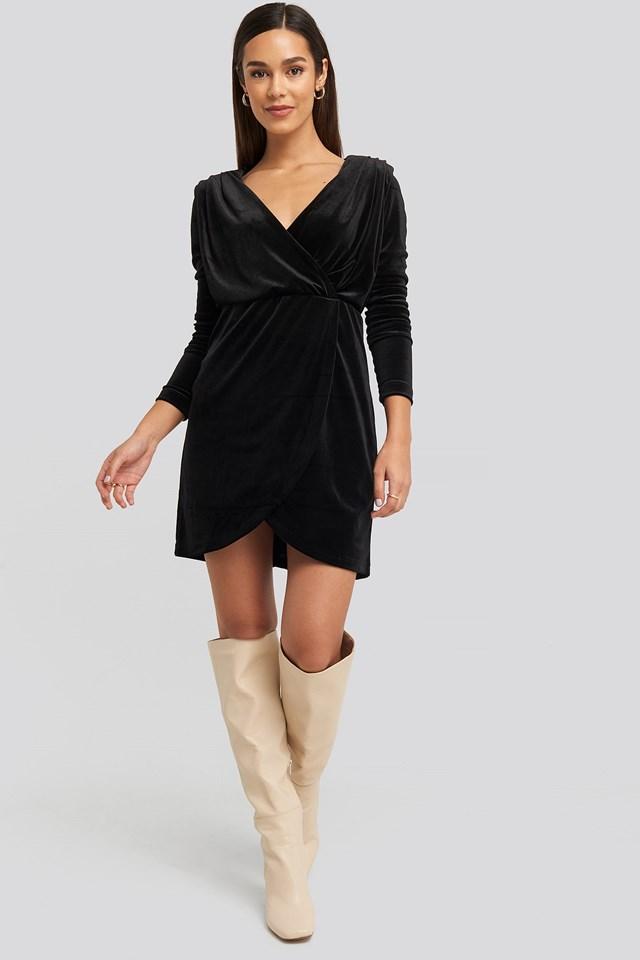 Mini Overlap Velvet Dress Black Outfit