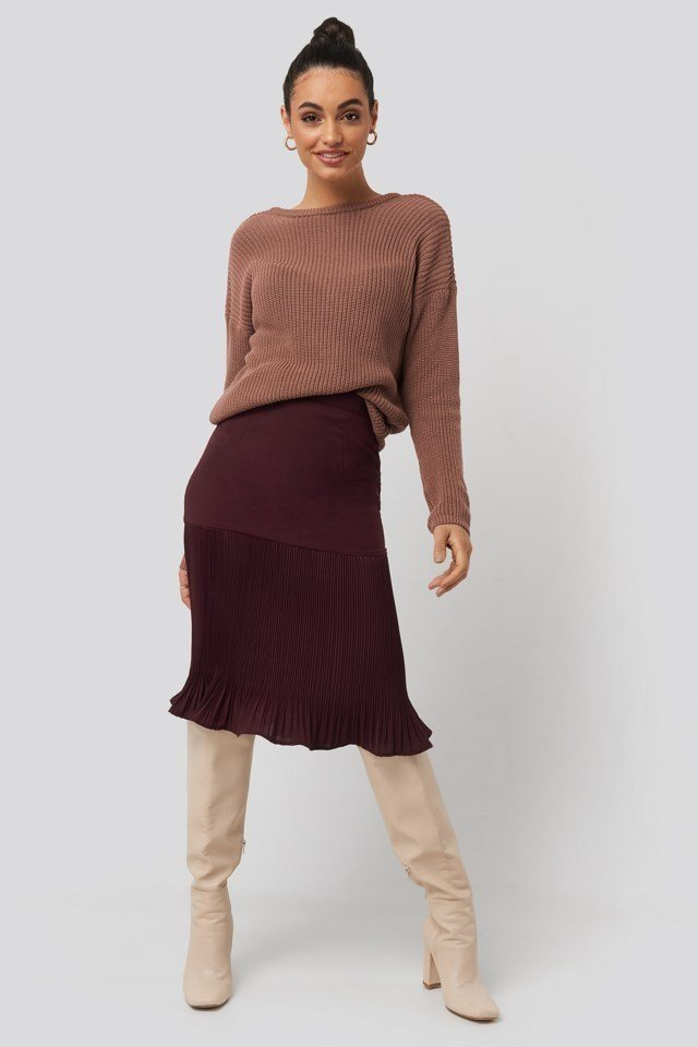 Pleated Detail Skirt Red Outfit