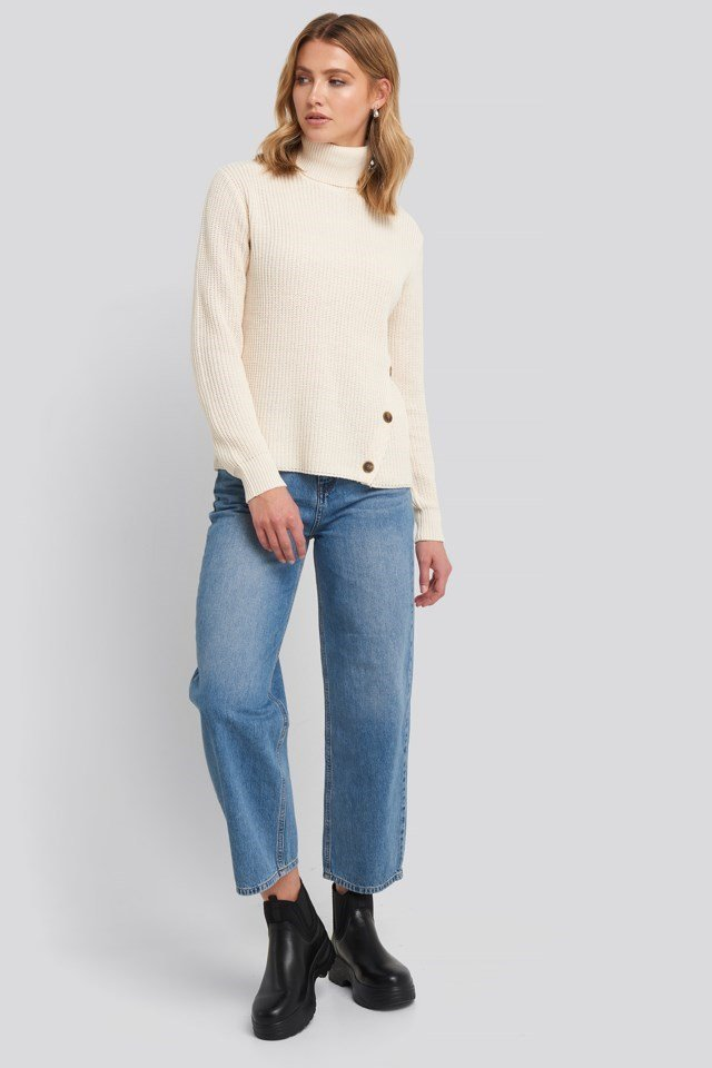 Side Buttoned Knitted Sweater Outfit.