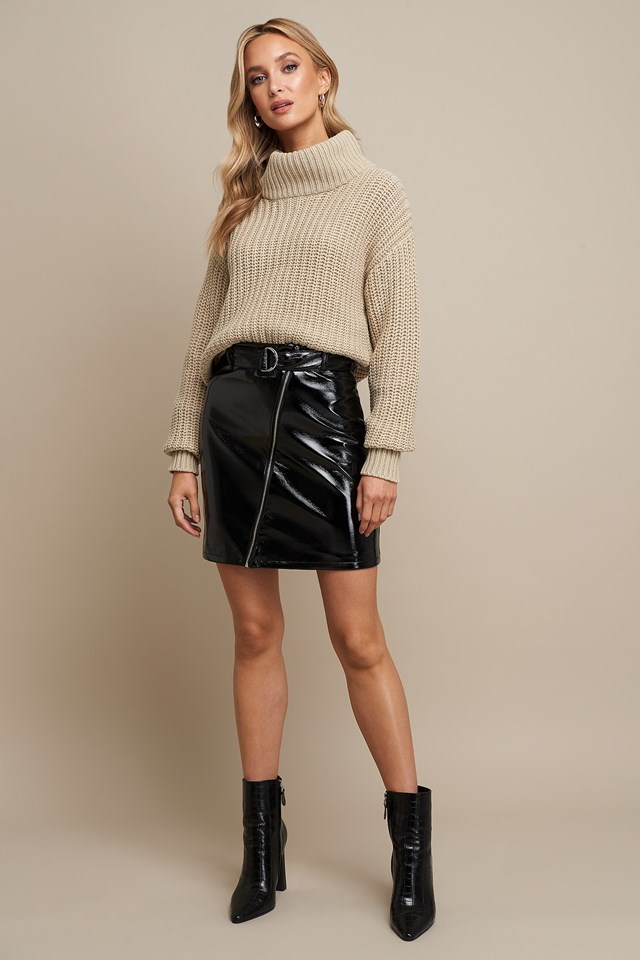 Patent Zipper Skirt Black Outfit