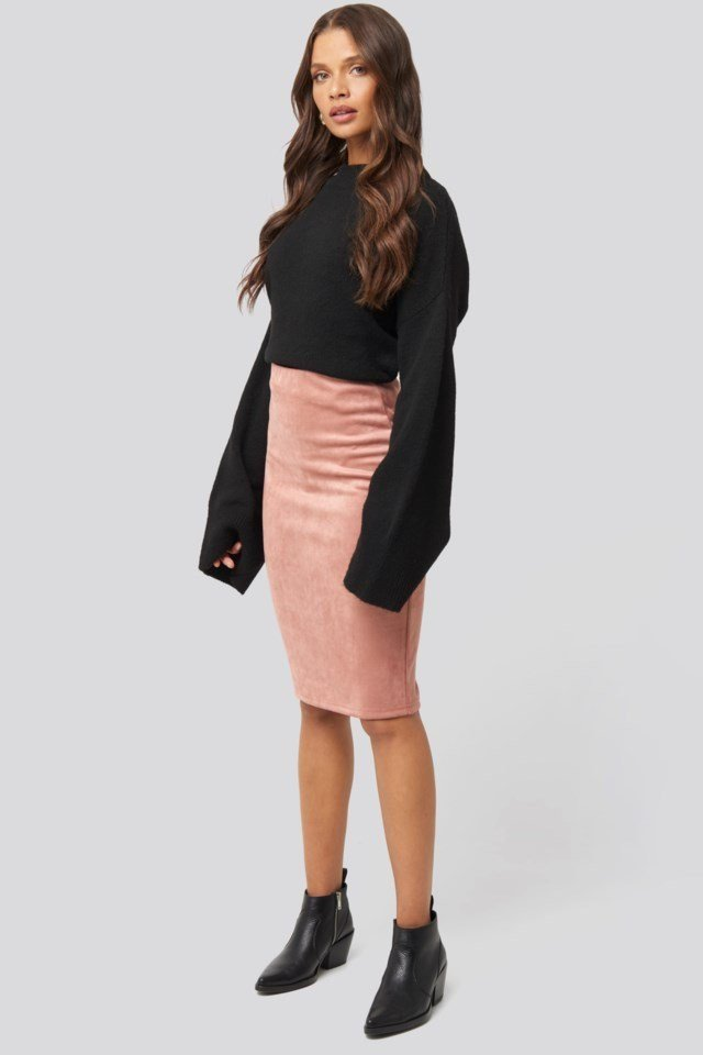 Faux Suede High Waist Skirt Outfit.
