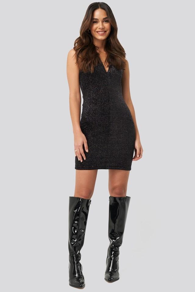 Vilu Dress Black Outfit