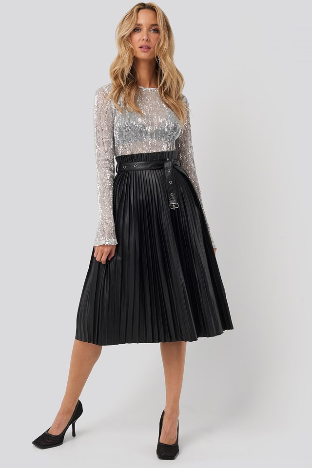 Sequin Round Neck Top Silver Outfit