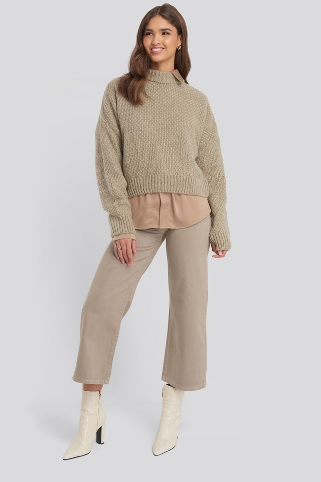 Oversize Knitted Polo Sweater Outfit.
