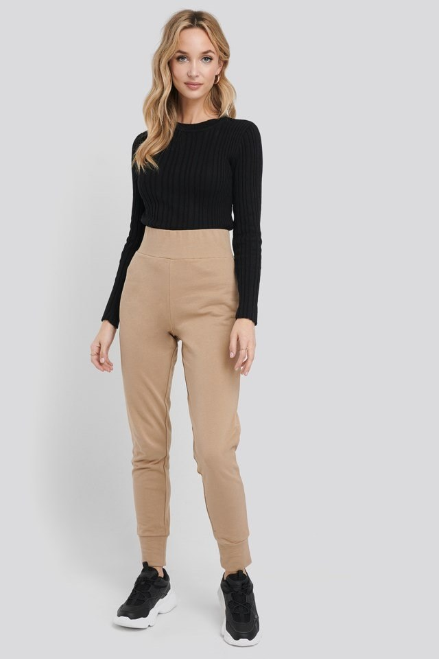 Basic Joggers Outfit