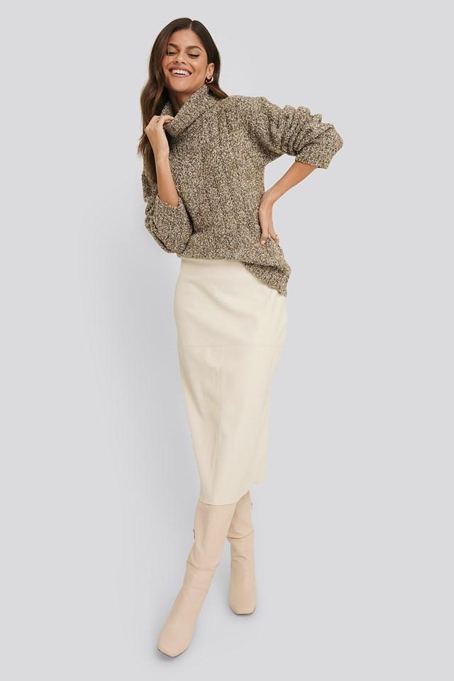 Midi PU Skirt White Outfit