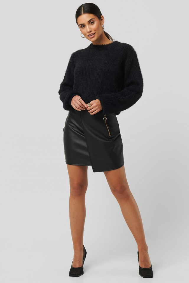 Asymmetric PU Zipper Skirt Black Outfit