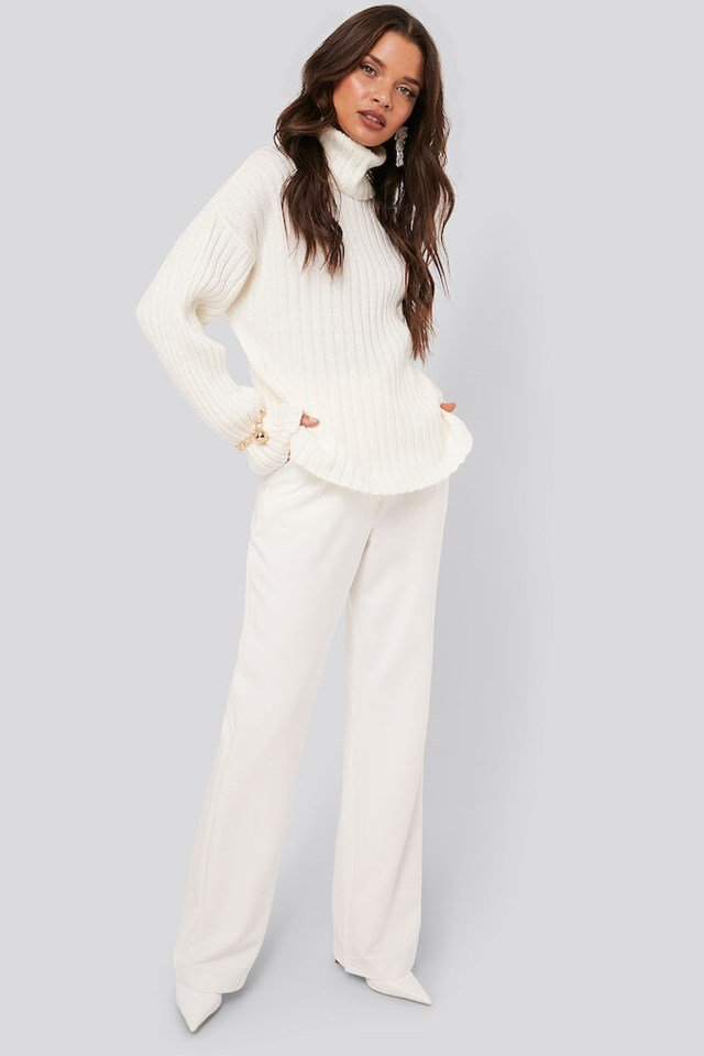 Oversized Ribbed Knitted Sweater Outfit