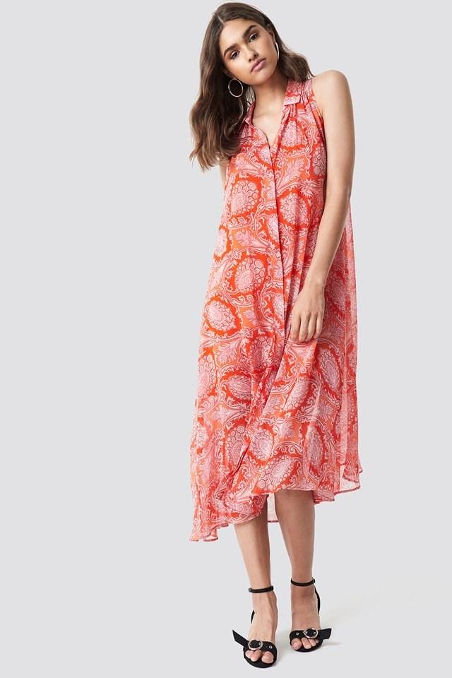 Feminine Midi Dress