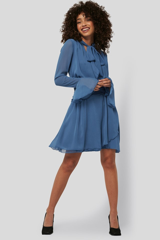 Neck Detailed Mini Dress Outfit