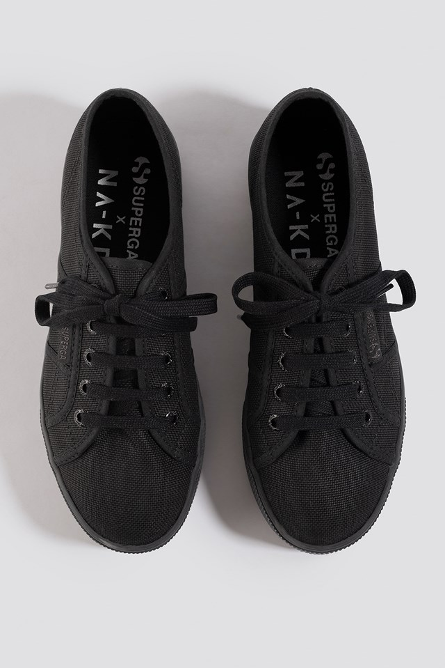 Branded Flatform Sneaker Black/White