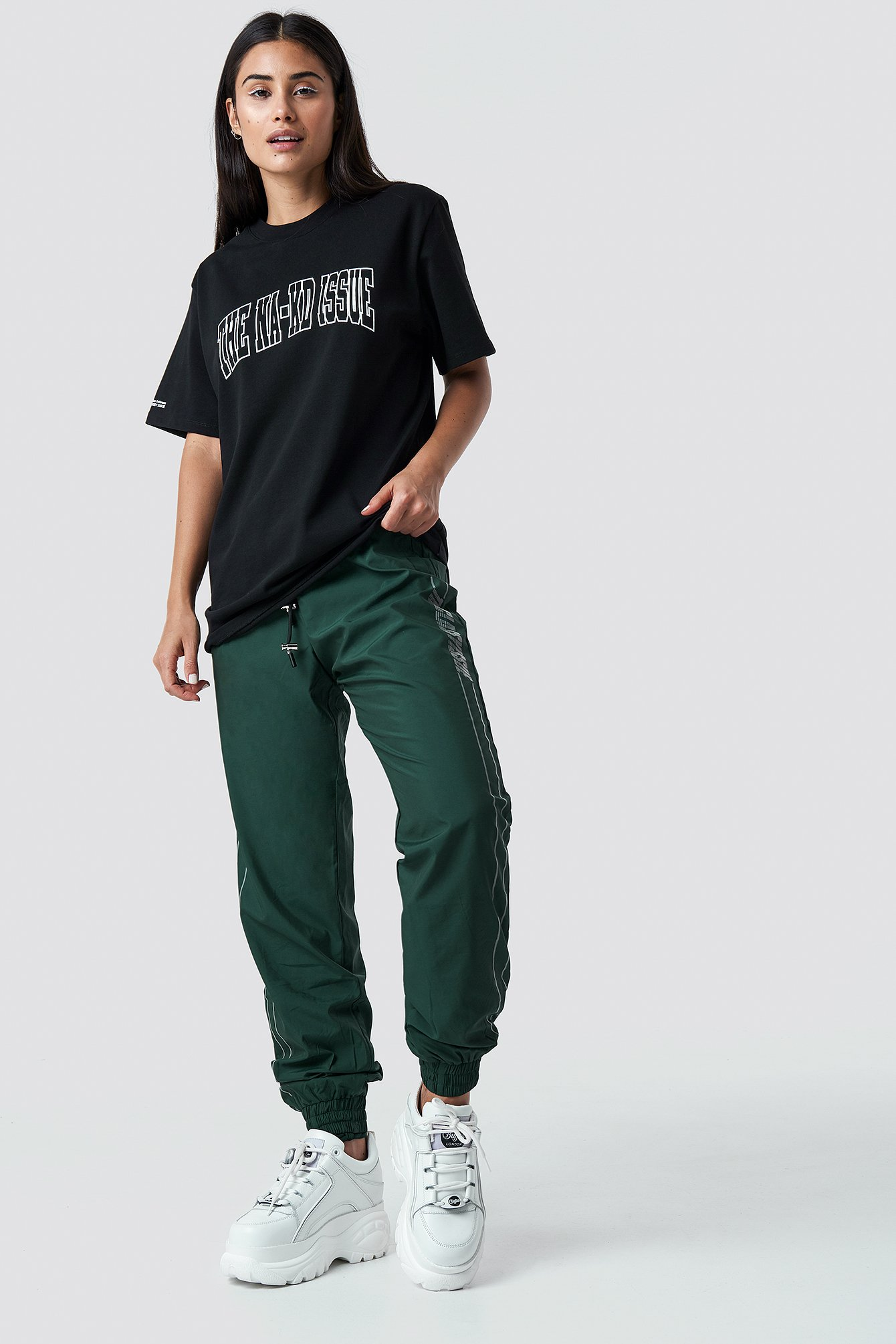the classy issue x na-kd -  The Classy Track Pants - Green