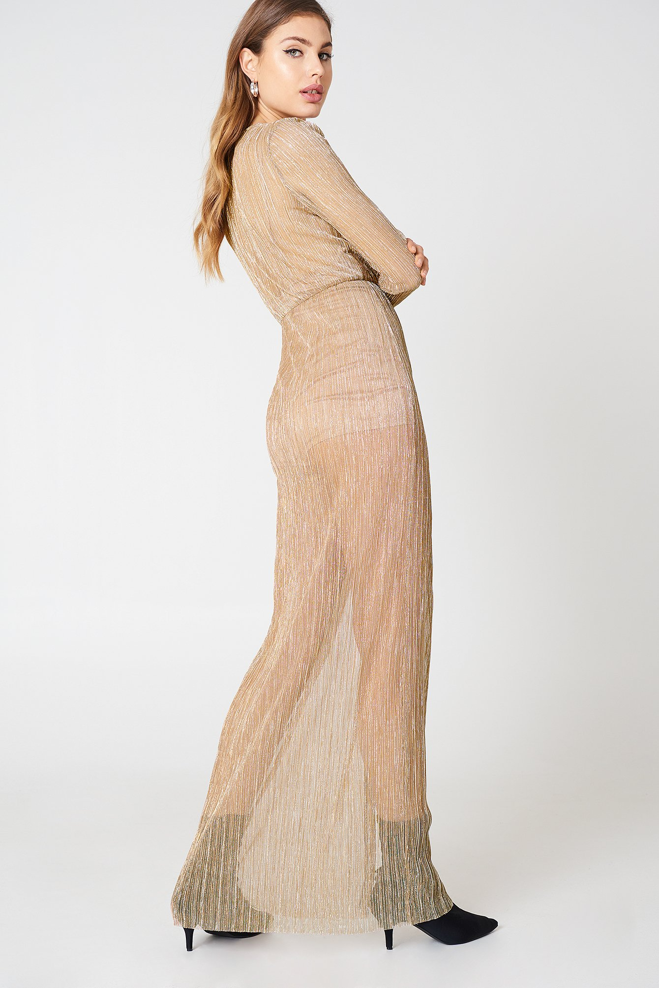 Avalon Maxi Dress in Blush. - size M (also in L,S,XS) The Jetset Diaries