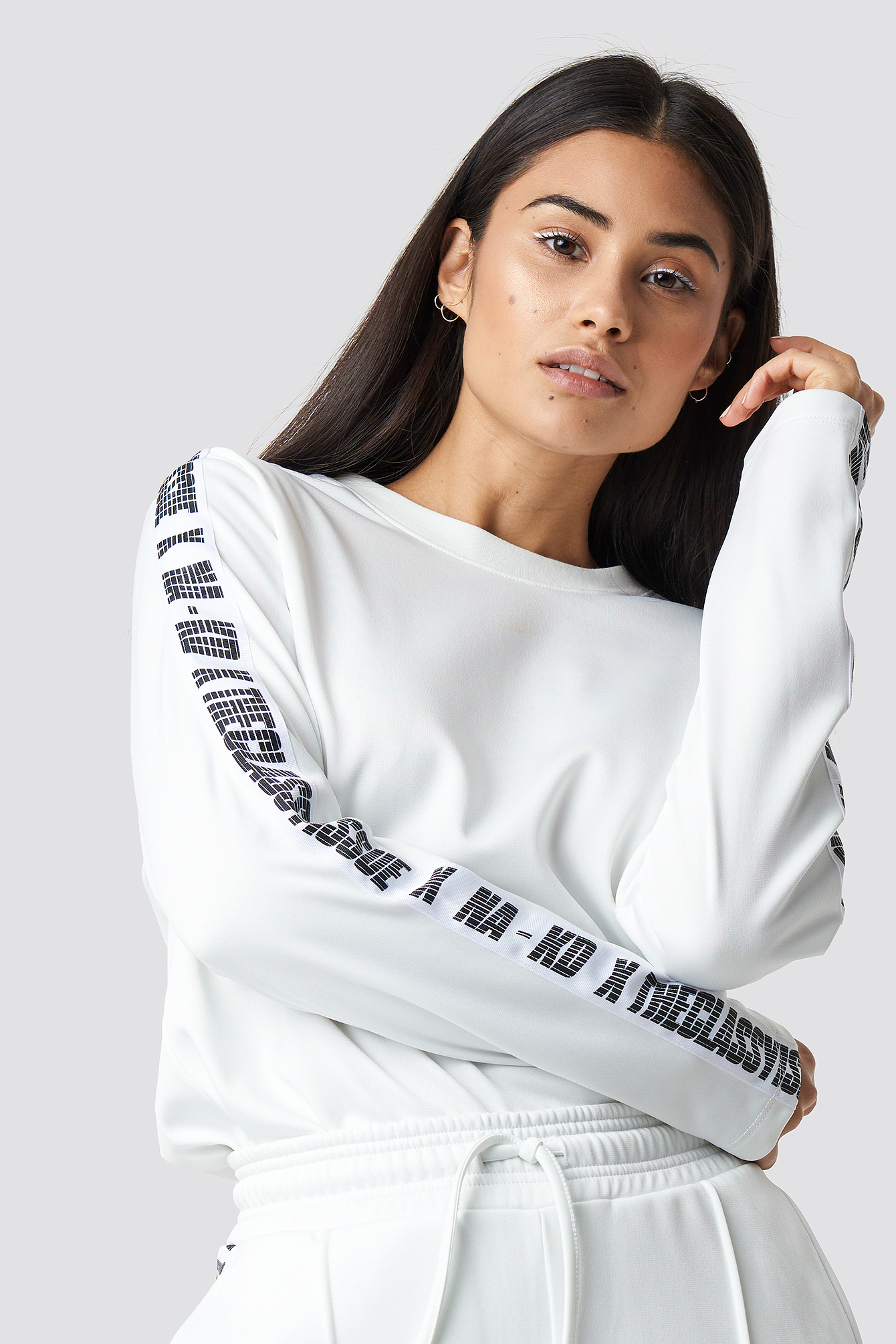 the classy issue x na-kd -  The Classy Long Sleeve - White