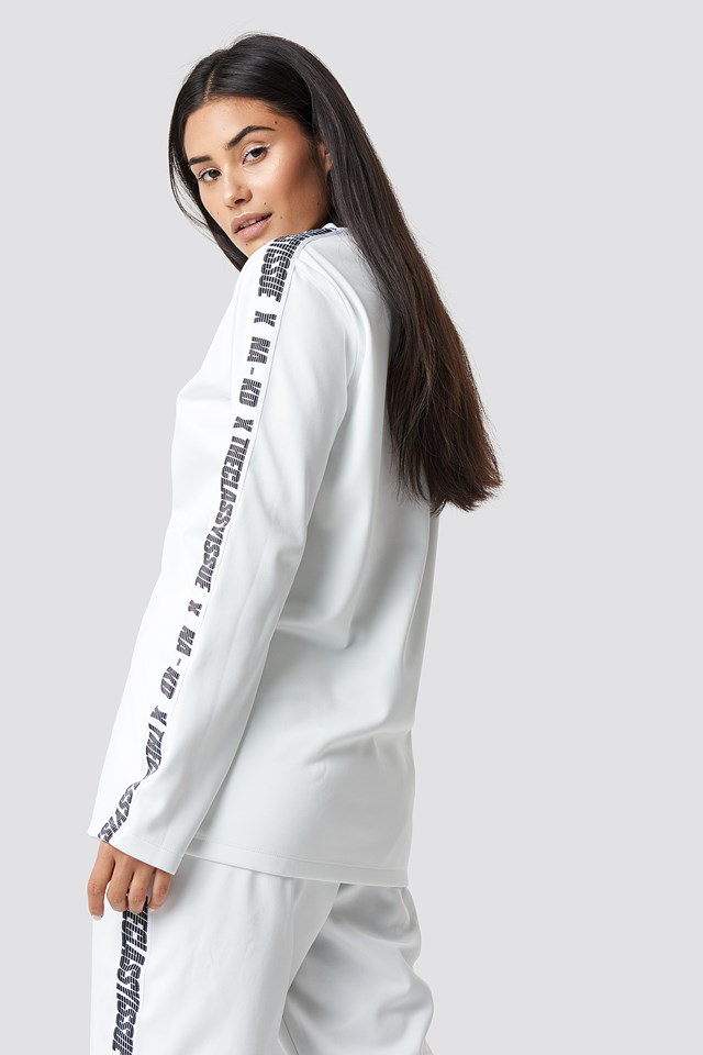 The Classy Long Sleeve White