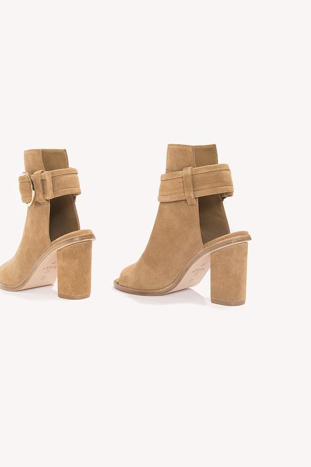Desi Shoe Camel