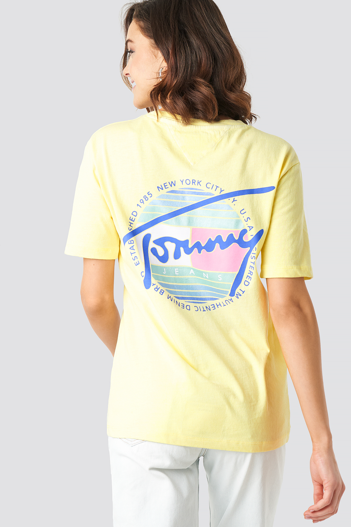 Tommy Jeans Summer Circle Signature Tee NA-KD.COM