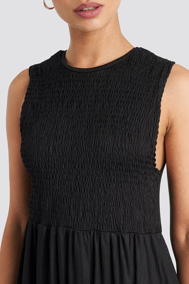 Guipure Shirred Midi Dress Black