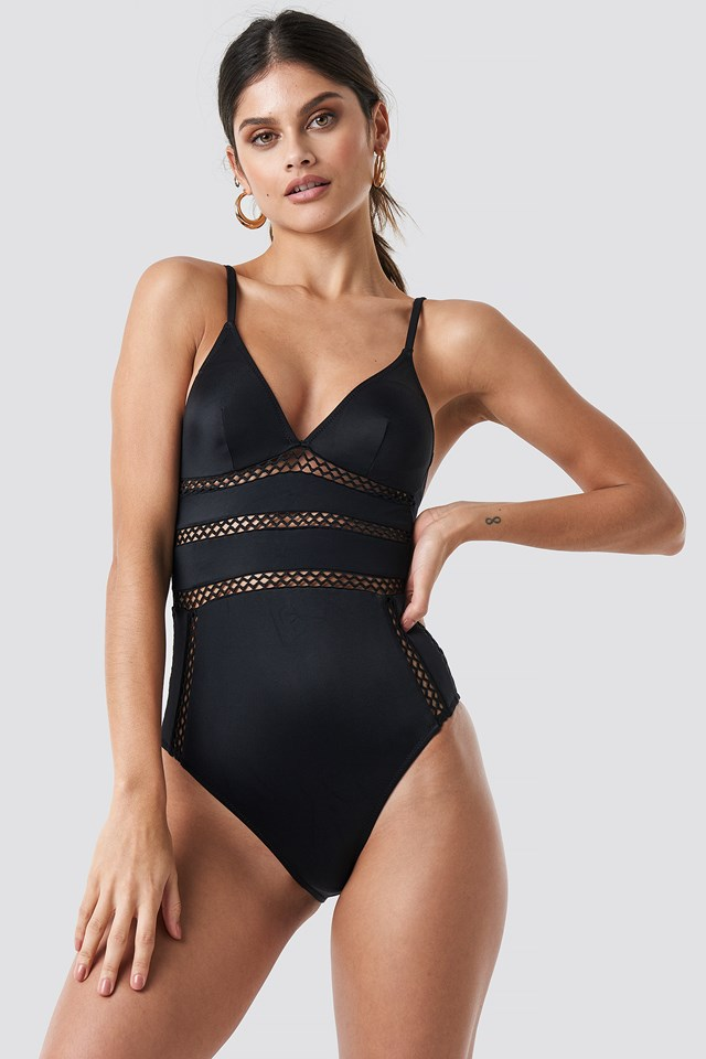 Accessory Detailed Swimsuit Black