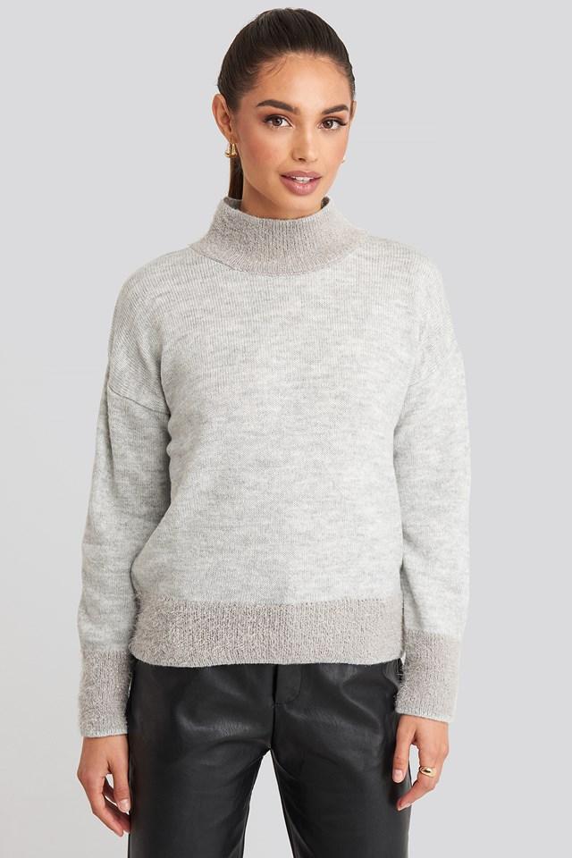 Beard Yarn Sweater Gray